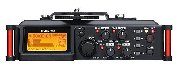 tascam-dr-70d-controls